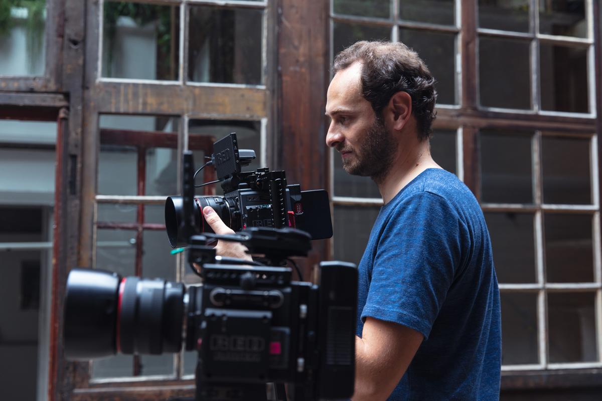Kossa Productions - Réalisation et montage de film entreprise Agence production audiovisuelle - Blog Adam Walker 04