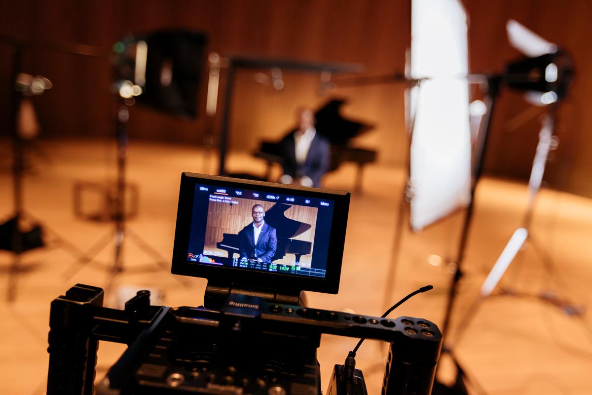 Kossa Productions - Réalisation et montage de film entreprise Agence production audiovisuelle - Demarre 02