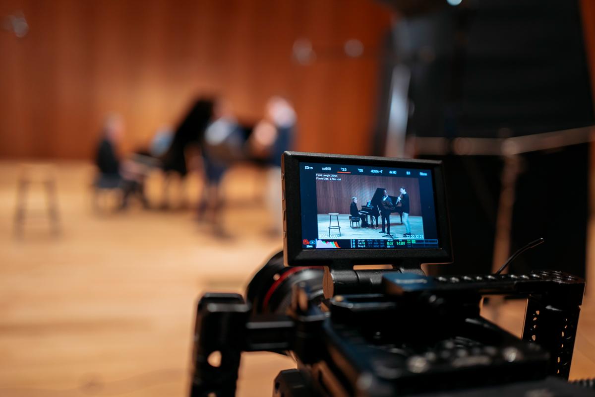 Kossa Productions - Réalisation et montage de film entreprise Agence production audiovisuelle - Demarre 04