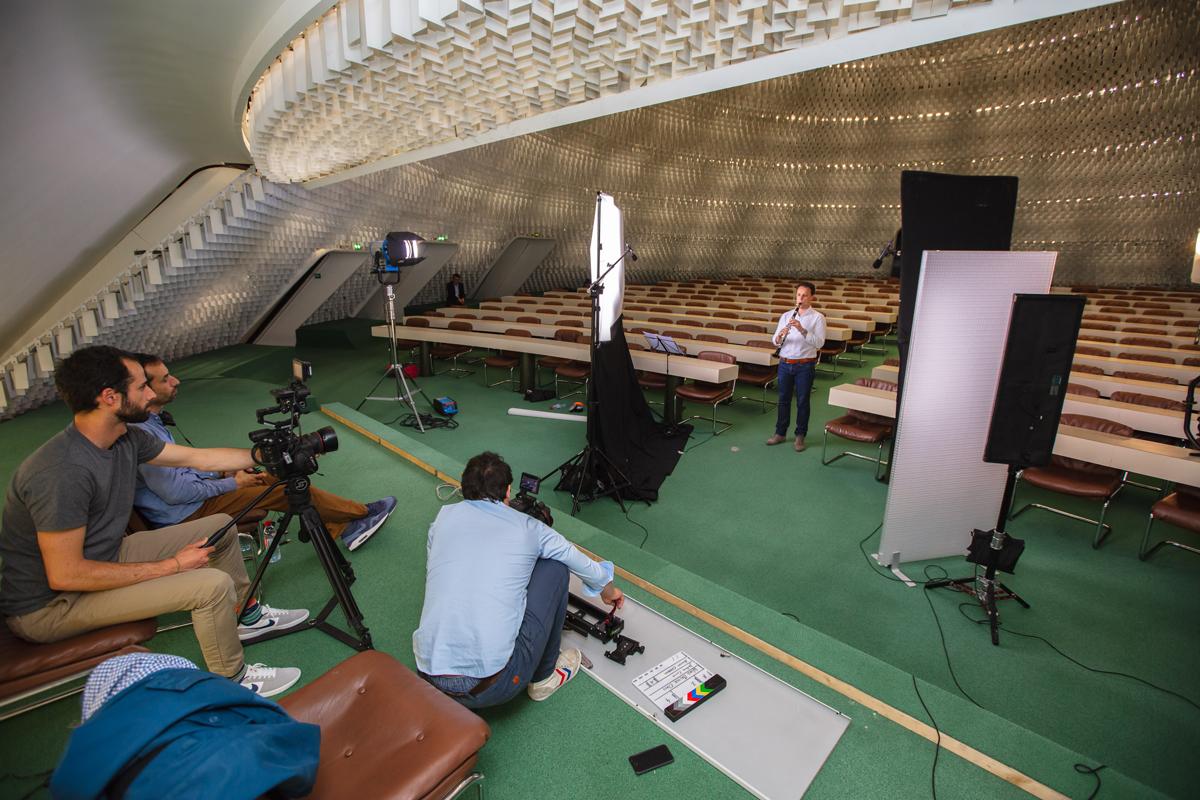 Kossa Productions - Réalisation et montage de film entreprise Agence production audiovisuelle - Niemeyer 01